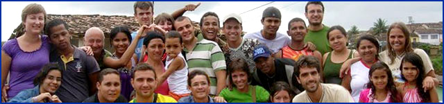 un gruppo di ragazzi italiani e brasiliani in missione