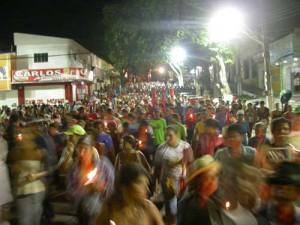 I partecipanti alla Romaria durante la partenza dalla piazza di União dos Palmares